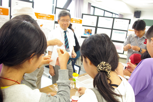 scienceday2010_01.jpg